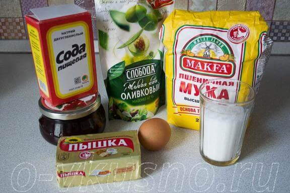 Ингредиенты для тёртого пирога